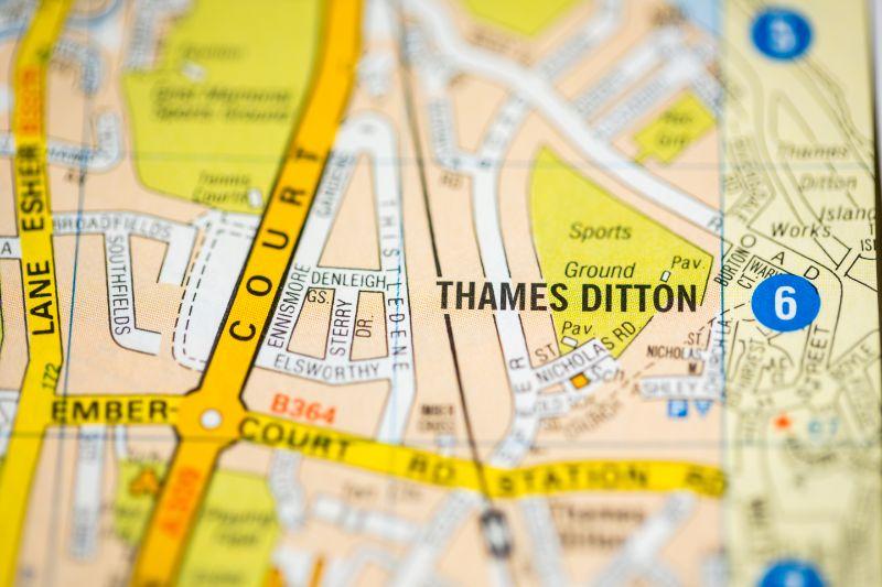 Garden designers in Thames Ditton
